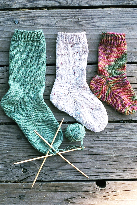 # 203 Easy Children s Sock Knitting Pure And Simple