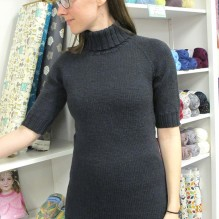 # 1404 Short Sleeved Turtleneck Pullover