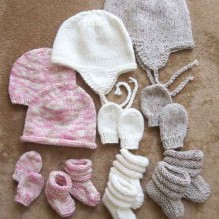 # 2910 Baby Hats, Mitts and Booties