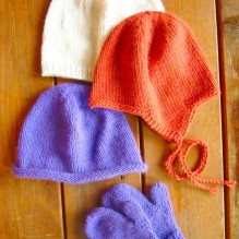 # 253 Basic Hat and Mitten Set for Children